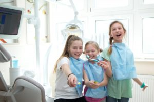 kids learning about dental hygiene